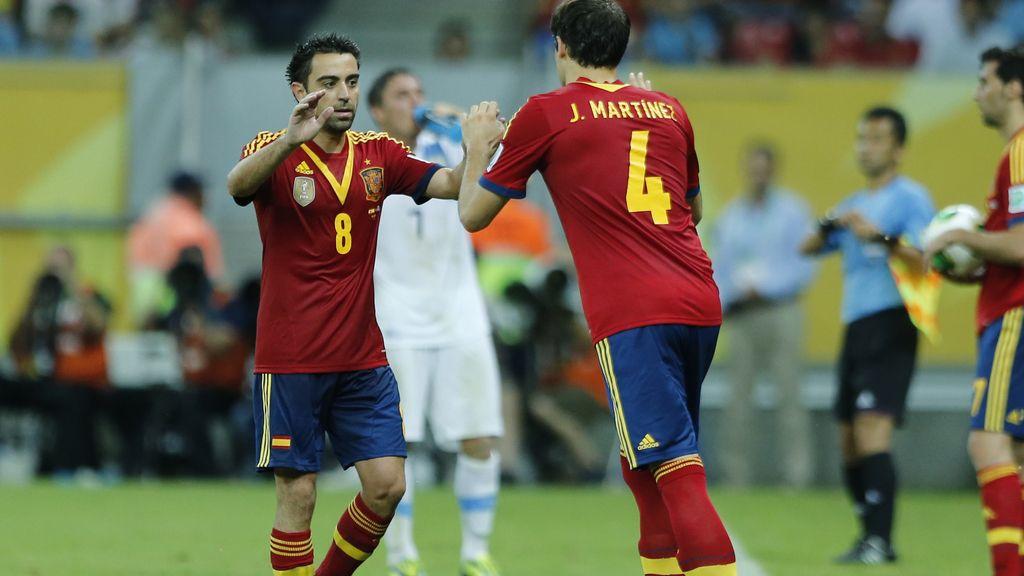 Javi Martínez y Xavi Hernández en la Copa Confederaciones