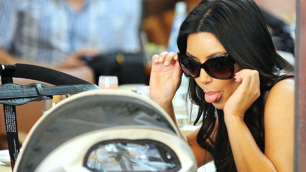 Kim Kardashian bebe