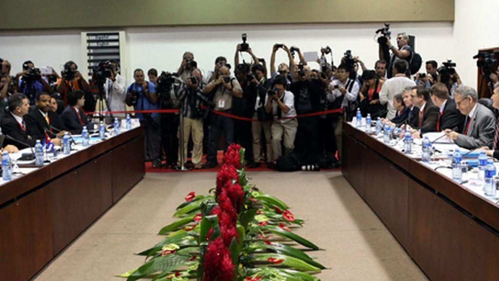 Cuba y EE.UU. inician la primera reunión tras el restablecimiento de relaciones