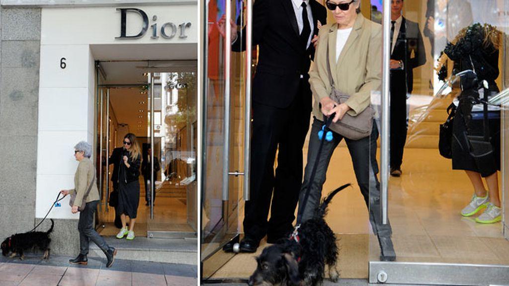 Blanca visitó la tienda de Dior junto a su madre... ¡y hasta Pistacho pudo entrar!