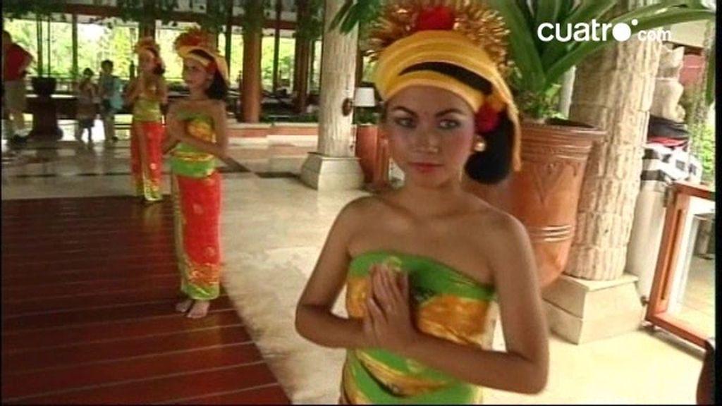 Bali: Playas paradisiacas, lujosos hoteles, ritos ancestrales … y exóticos casamientos