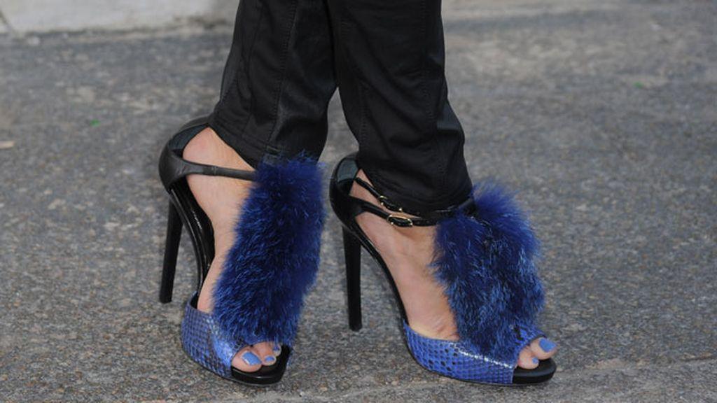 Sus llamativos zapatos de 'pompón'