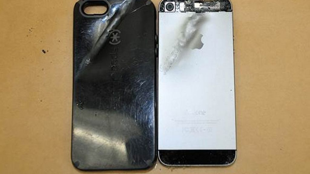 iPhone,iPhone salva la vida,iPhone bala,iPhone salva vida,robo California