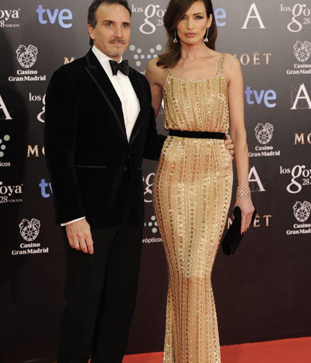 Nieves Álvarez de Ralph and Russo y su marido Marco Severini