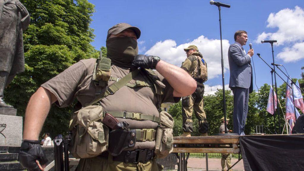 Continúan los combates en el este de Ucrania pese al alto el fuego