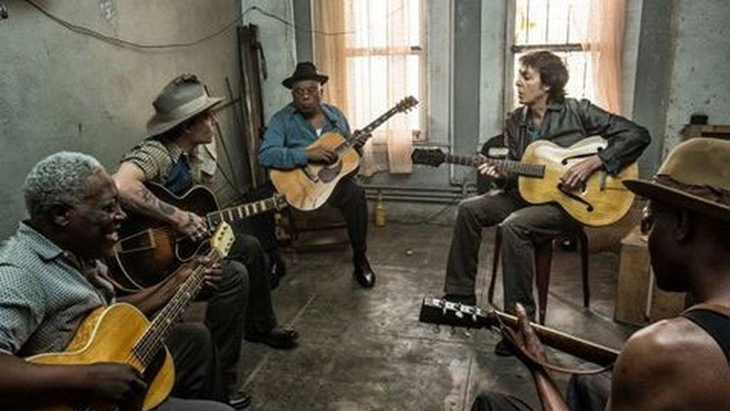 Johnny Depp toca la guitarra en el nuevo vídeo de Paul McCartney