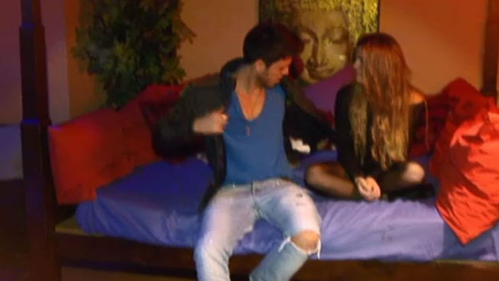 Fede y Natalia se lo pasan en grande en su cita sin cámaras