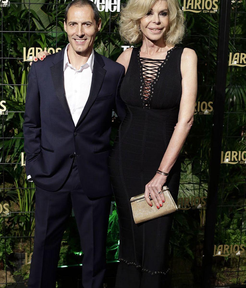 Los conductores de la gala: Manuel Bandera y Bibiana Fernández
