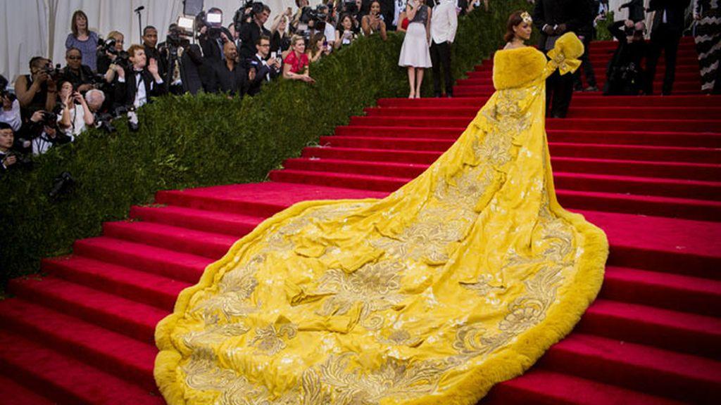 Los excesos de Rihanna en la Gala de la moda en Nueva York