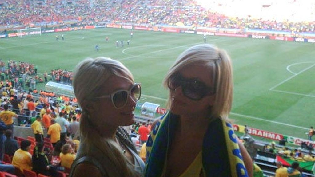 Famosos con la vuvuzela en el Mundial
