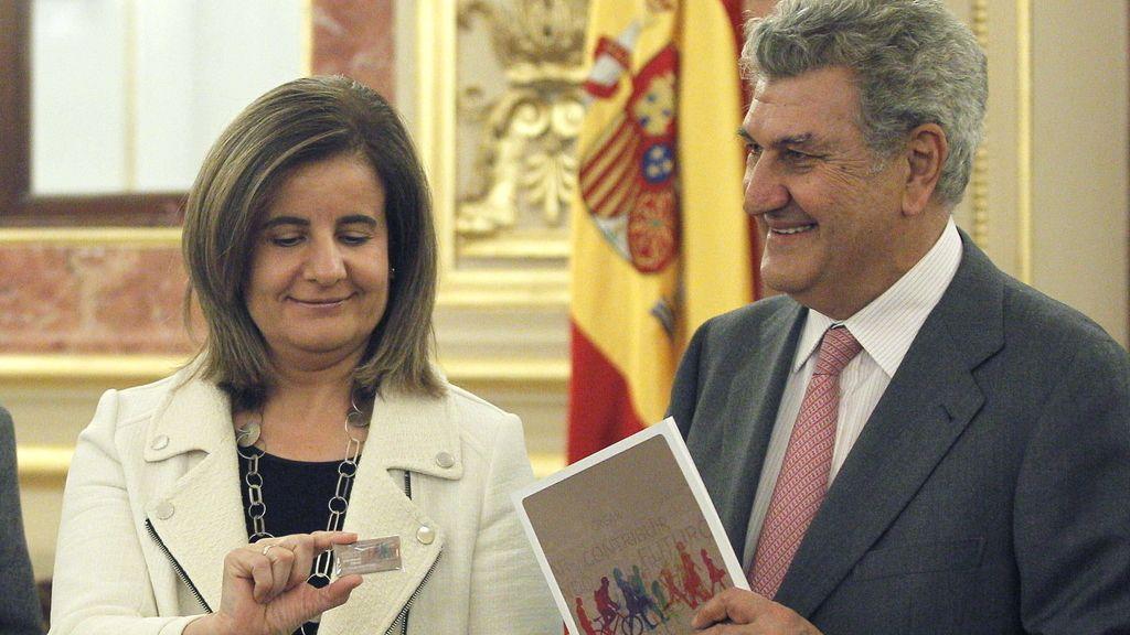 Báñez entrega en el Congreso el informe sobre el Fondo de Reserva en 2012