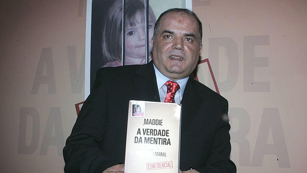 Gonzalo Amaral, jefe de la investigación portuguesa, en un momento de la presentación de su libro