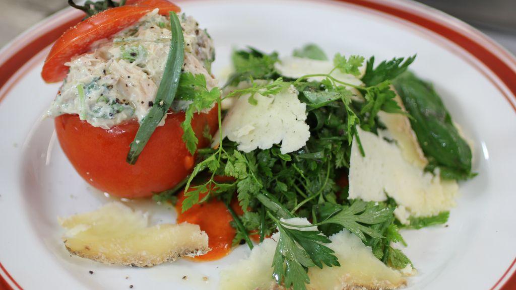 Tomates rellenos 'chupaos'
