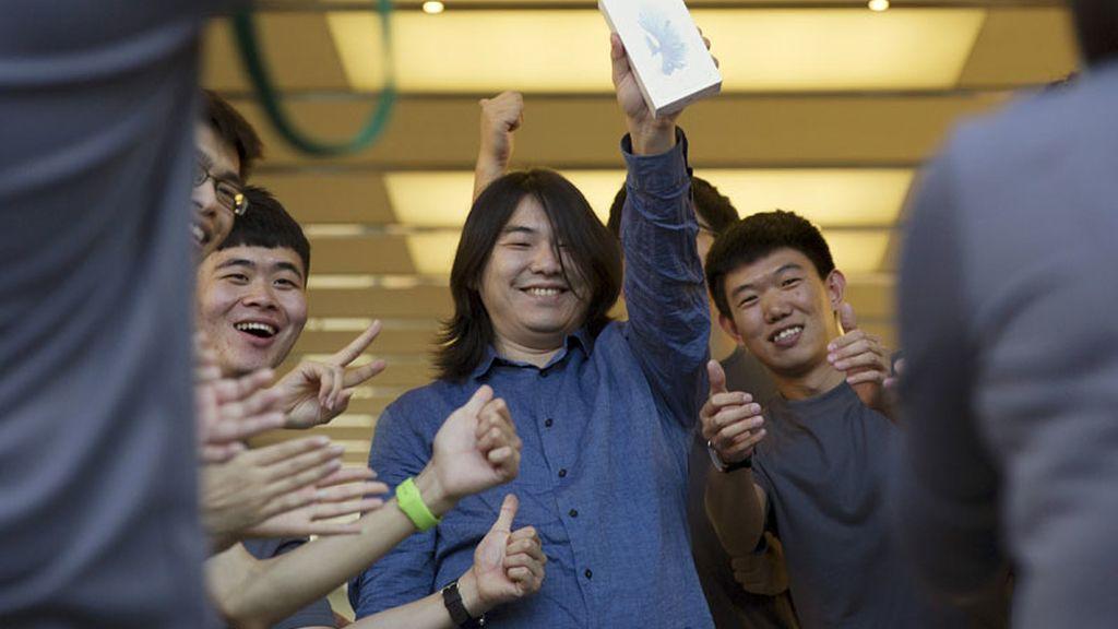 El primer usuario chino en comprar el iPhone 6s