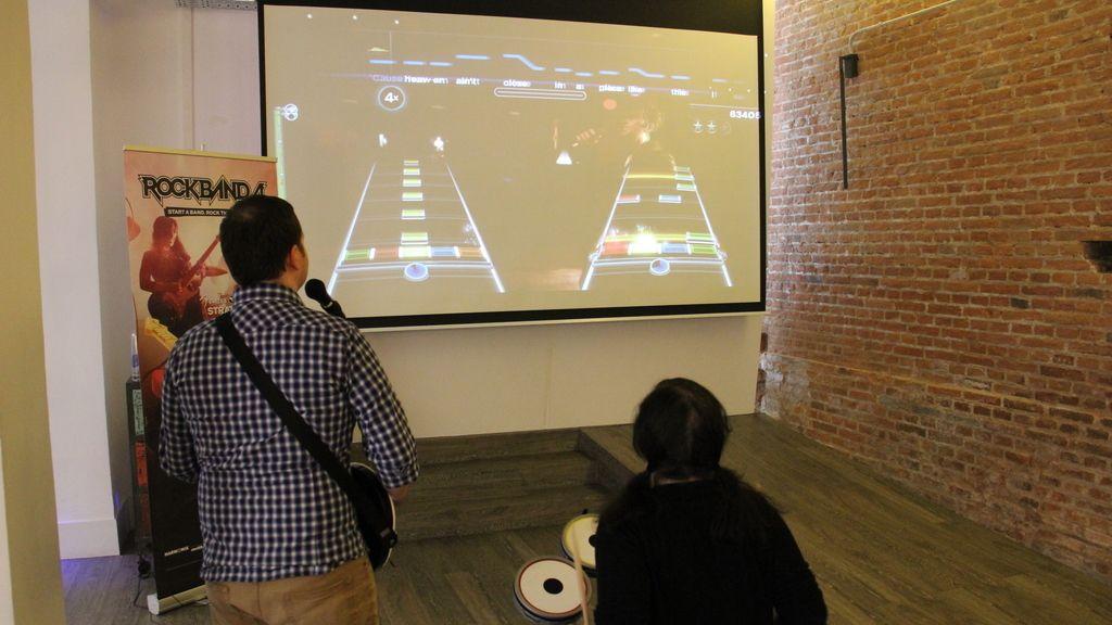 Harmonix, los creadores del juego, nos enseñan sus novedades