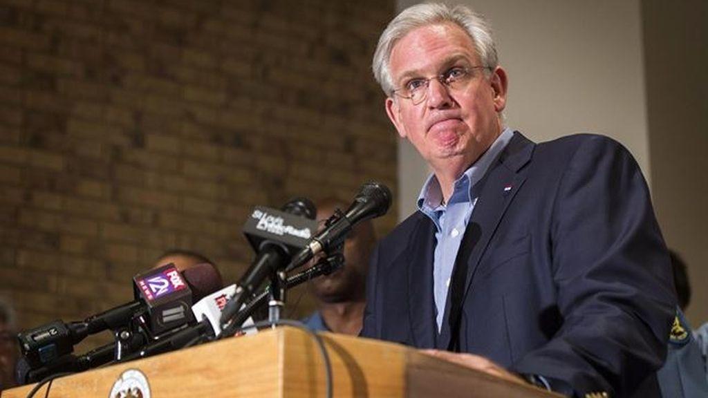 El gobernador de Misuri ordena la retirada de la Guardia Nacional de Ferguson