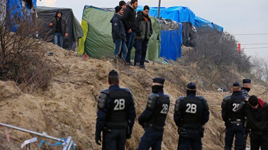 Una jueza francesa autoriza la demolición parcial de la 'jungla' de Calais