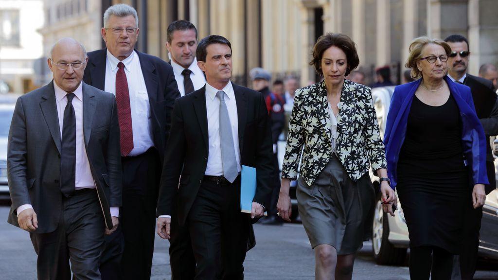 Manuel Valls congela los sueldos de los funcionarios, las pensiones y las prestaciones sociales