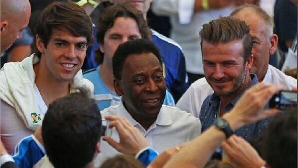 Kaká, Pele y Beckham fueron el objetivo de todos los fotógrafos