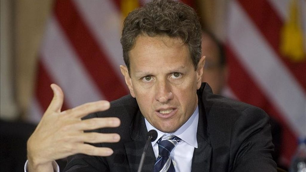 """El secretario estadounidense del Tesoro, Timothy Geithner, indicó que los responsables de las economías europeas """"han tomado la decisión de que harán cuanto es necesario para impedir que esta crisis vaya más allá de los países que inicialmente fueron el centro de tanta presión"""". EFE/Archivo"""