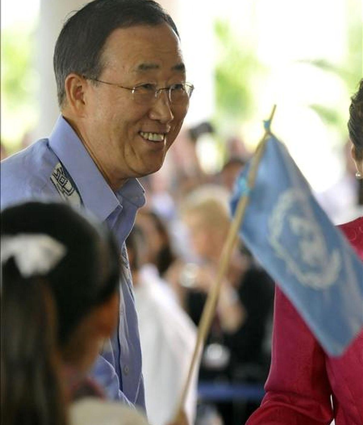El secretario general de la ONU, Ban Ki-moon, llega, este 7 de diciembre, a la inauguración del tramo negociador definitivo de la Cumbre sobre el Cambio Climático de Cancún (México). EFE