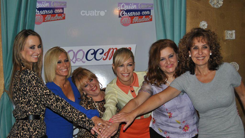 Charo, Mar, Paulina, Tere y Toñi, unas madres con ganas de enamorarse