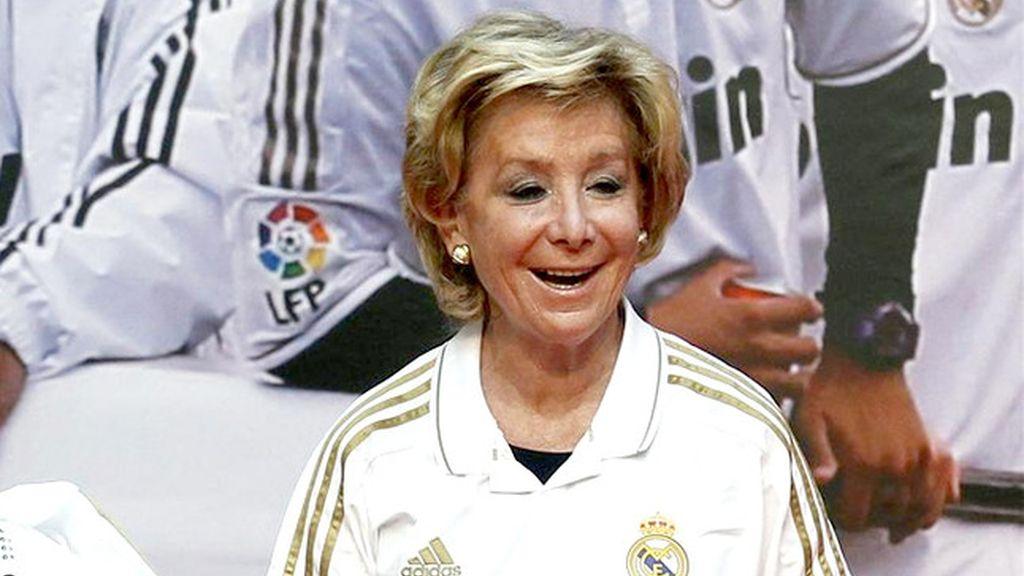 Esperanza Aguirre en la celebración del título de Liga del Real Madrid