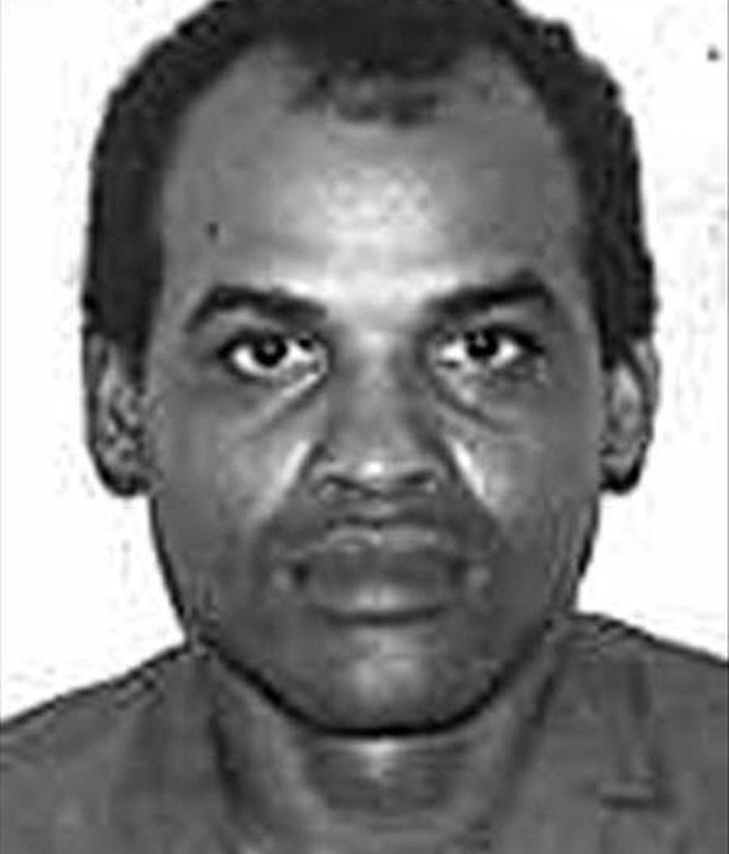 """Fotografía de archivo sin fechar cedida este martes del preso político cubano Orlando Zapata Tamayo, quien murió en un hospital de La Habana tras 85 días en huelga de hambre para pedir que se le tratara como """"prisionero de conciencia"""", informaron fuentes opositoras. EFE"""