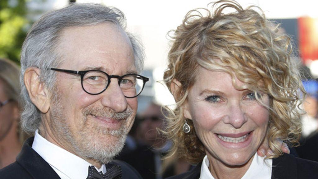 Steven Spielberg y su mujer felices en Cannes
