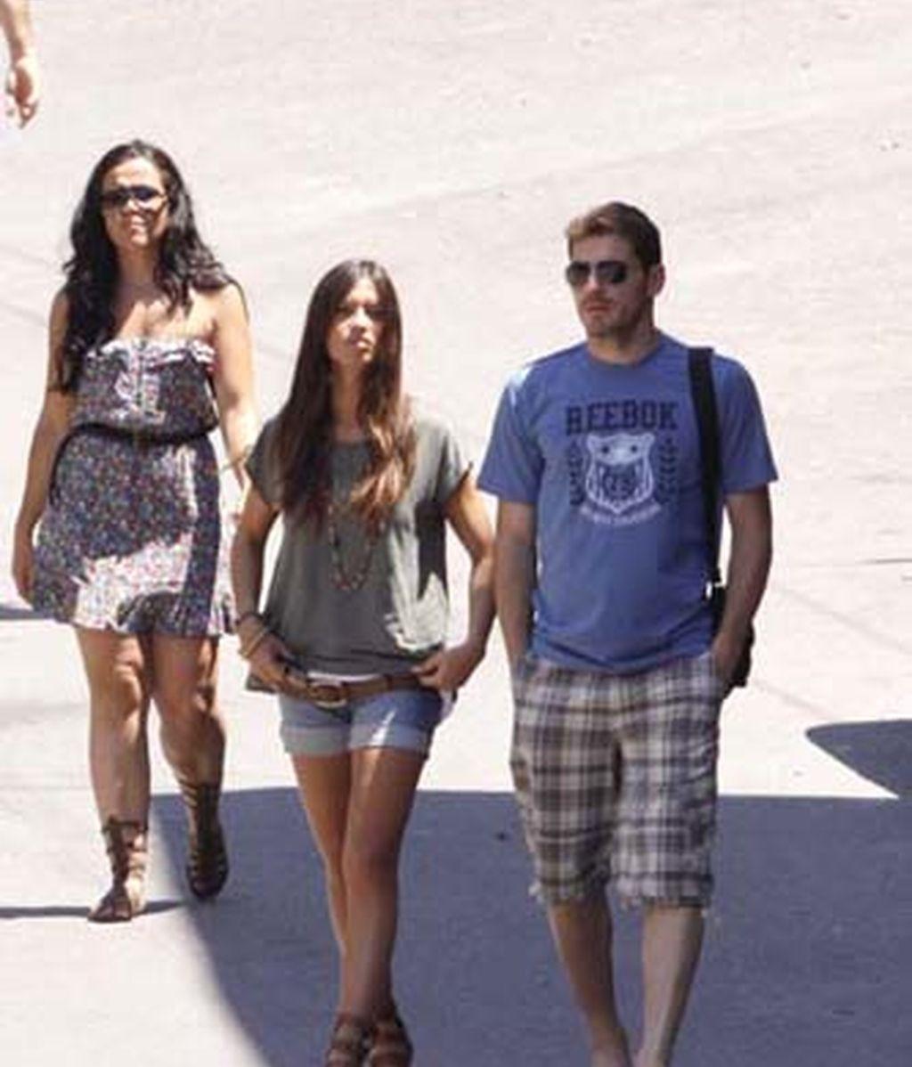 Iker Casillas, en su pueblo con Sara Carbonero