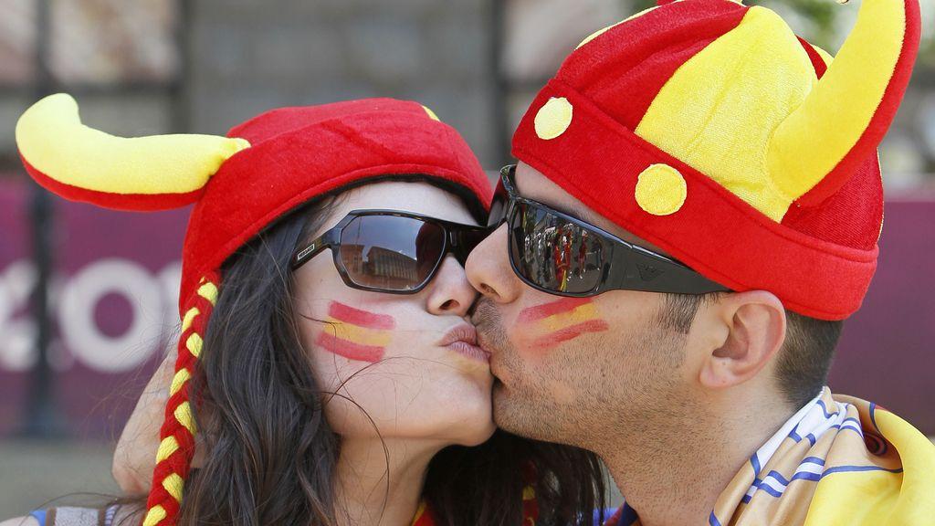 La afición española gana por goleada a la italiana