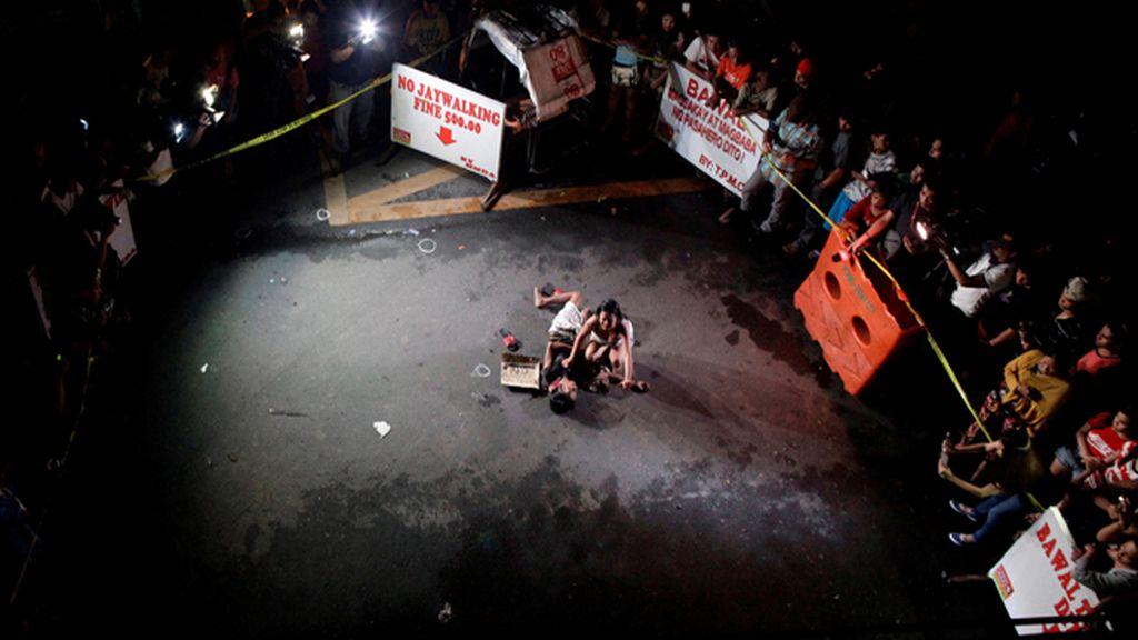 Pánico y terror ante la matanza indiscriminada de traficantes y drogadictos en Filipinas