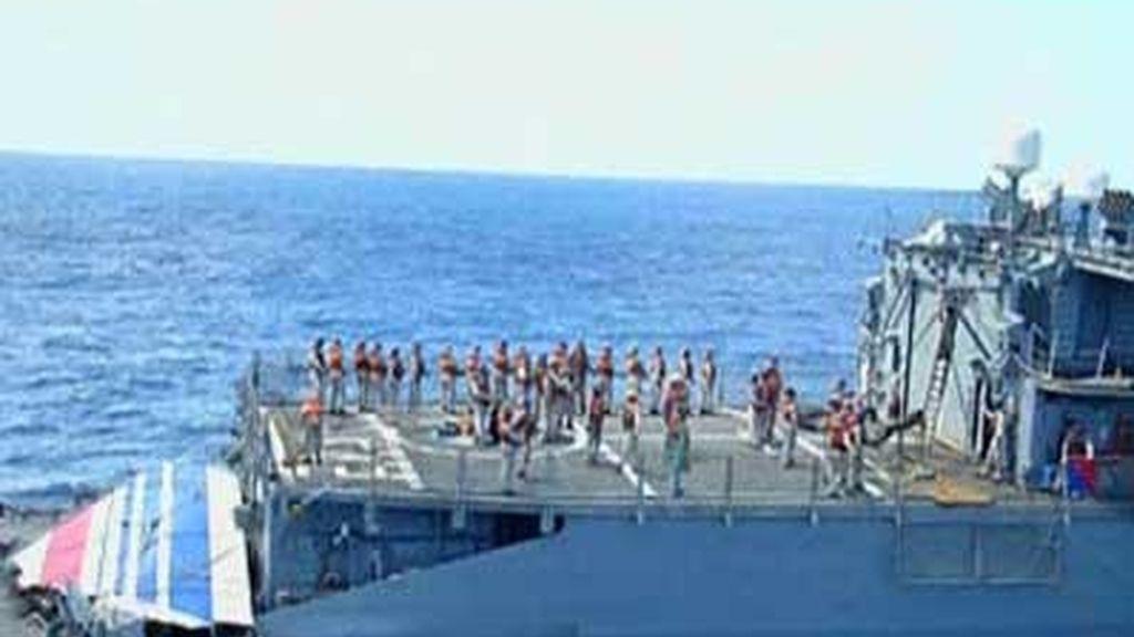 La Marina brasileña rescata restos del Air France