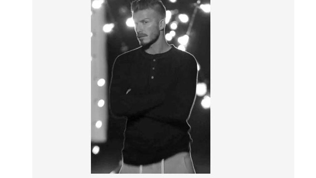 David Beckham se vuelve a quedar en calzoncillos para H&M