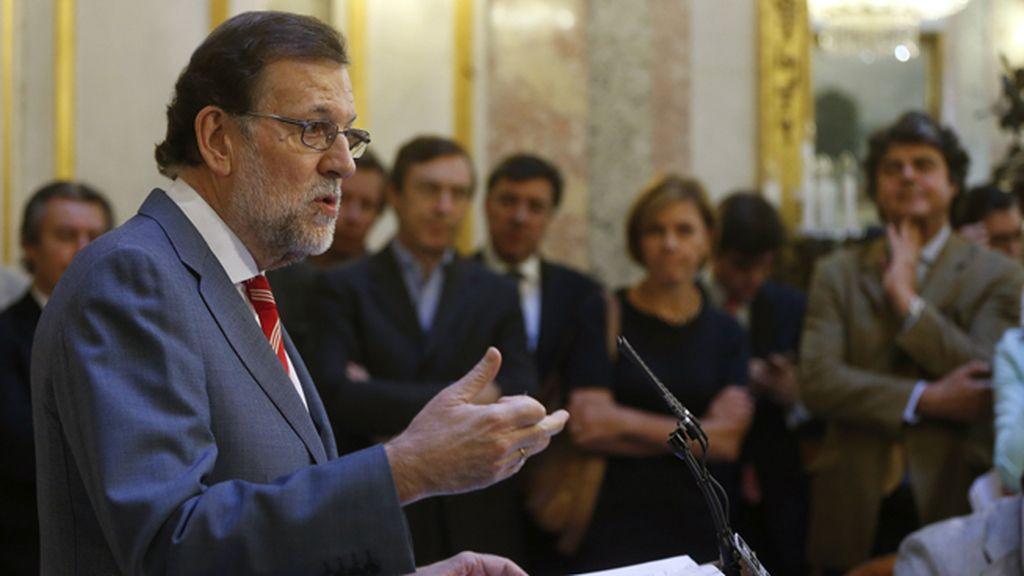 Mariano Rajoy en el escritorio del Congreso