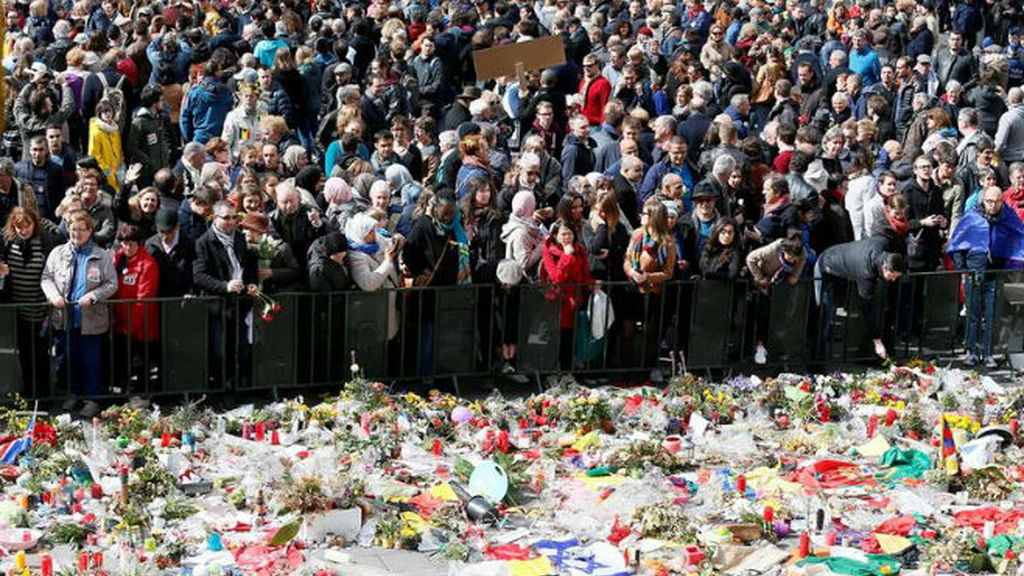 Multitudinaria marcha contra el terror en Bruselas