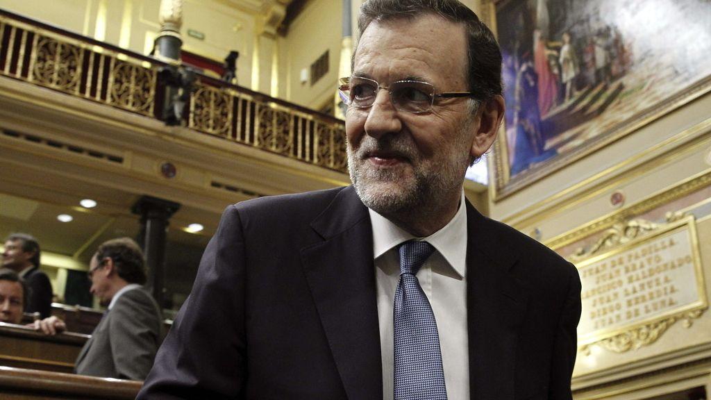 Rajoy llama en el Congreso a apoyar a Juncker con un pacto de legislatura