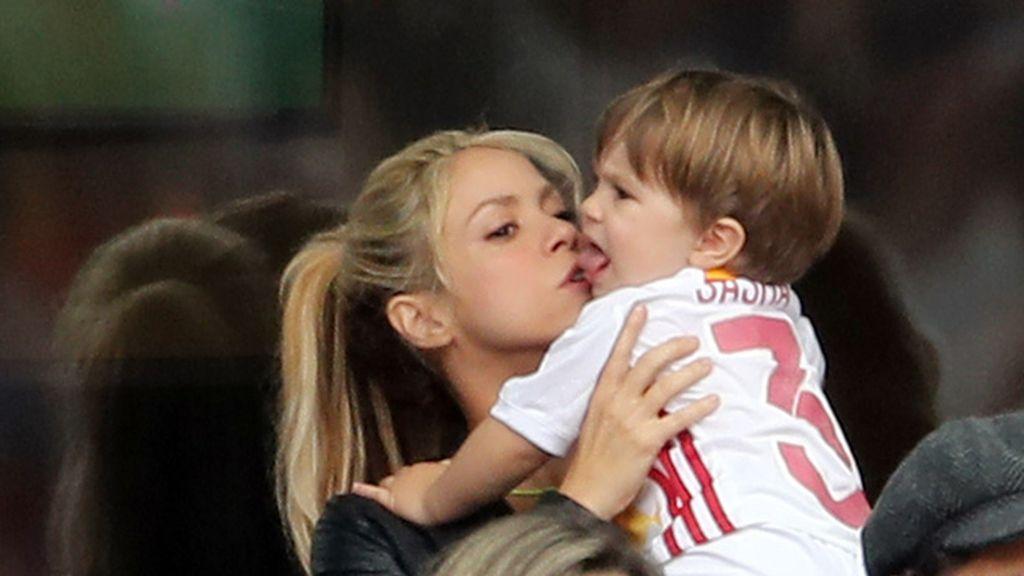 Shakira ejerció de madraza con Milan y Sasha