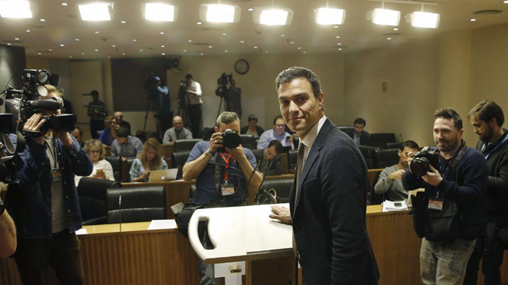 Pedro Sánchez valora la primera ronda de contactos para su investidura