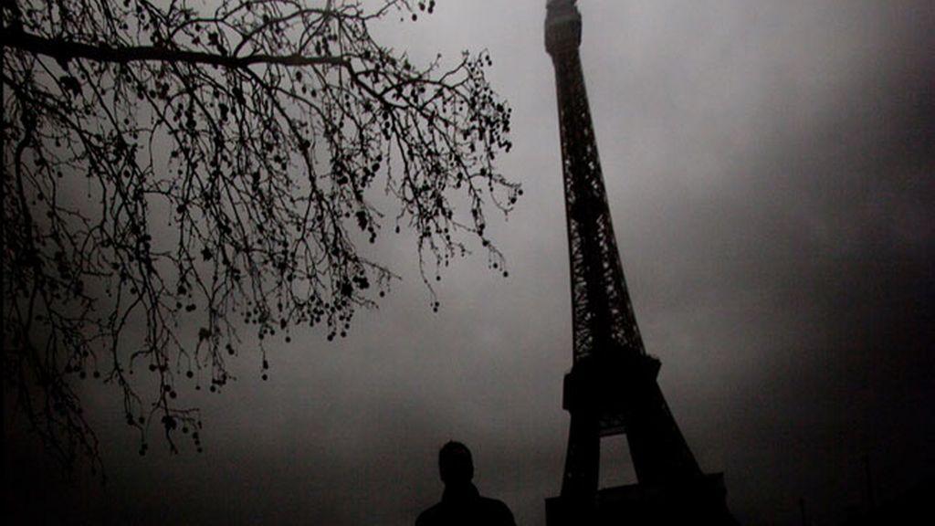La Eiffel sombría