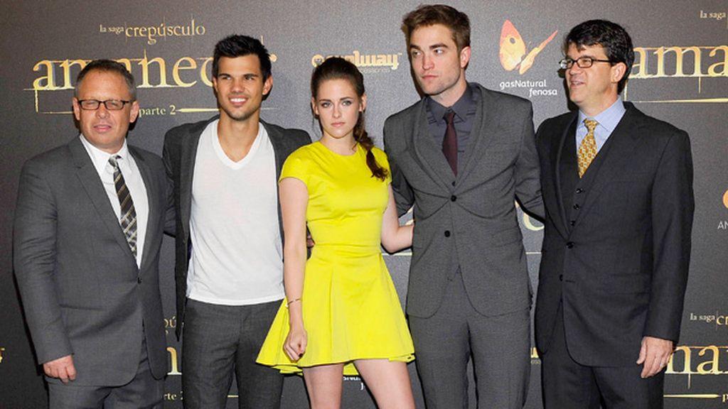 Mientras los protagonistas estrenaban en Madrid, los secundarios hacian lo mismo en Nueva York