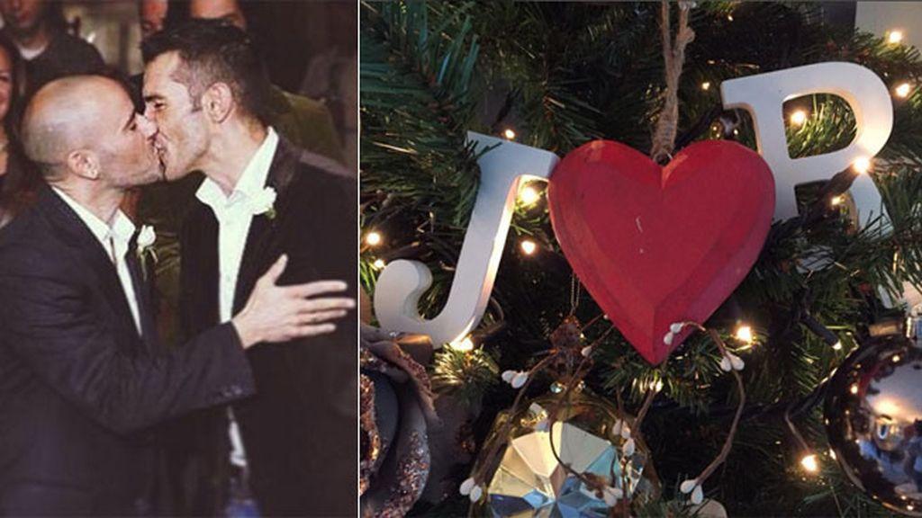 Jesús Vázquez y su marido, Roberto, decoran cada año su árbol con mucho amor