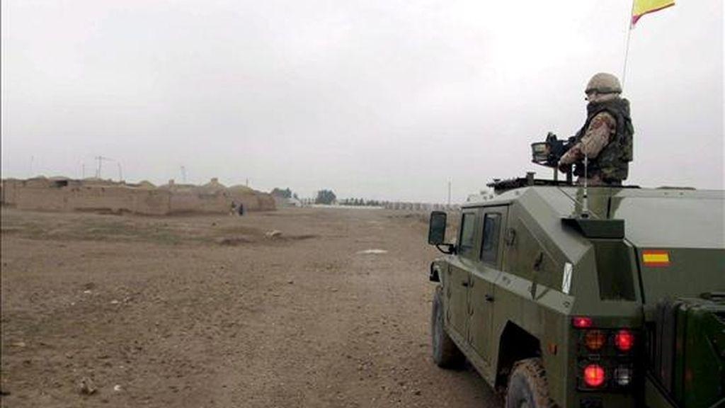 Un soldado español de la Fuerza Internacional de Asistencia a la Seguridad en Afganistán (ISAF) patrullando en Herat, Afganistán. EFE/Archivo
