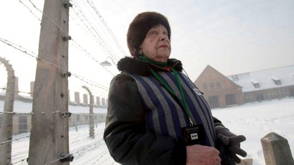 65º aniversario de la liberación de los prisioneros de Auschwitz