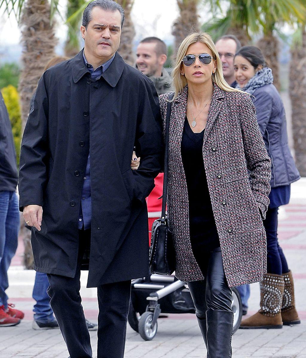 Ramón García y su mujer Patricia Cerezo acuden a la capilla ardiente de Miliki