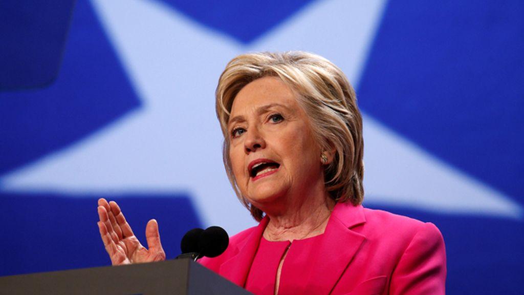 El FBI recomienda no presentar cargos contra Clinton por el escándalo del email