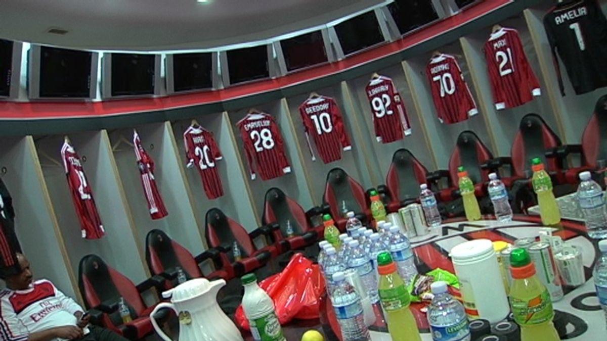 Los reporteros de CV tuvieron el privilegio de entrar en el vestuario del Milán y en la zona VIP