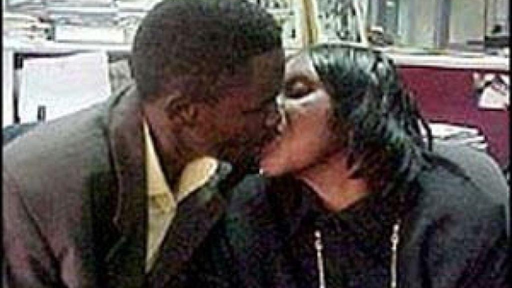 madre hijo, incesto, Zimbabue,