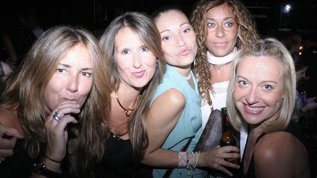 Sandra de Castro,Elizabeth del Rio  Susana Marín, Mayte Murcia, y Sonia Bonell