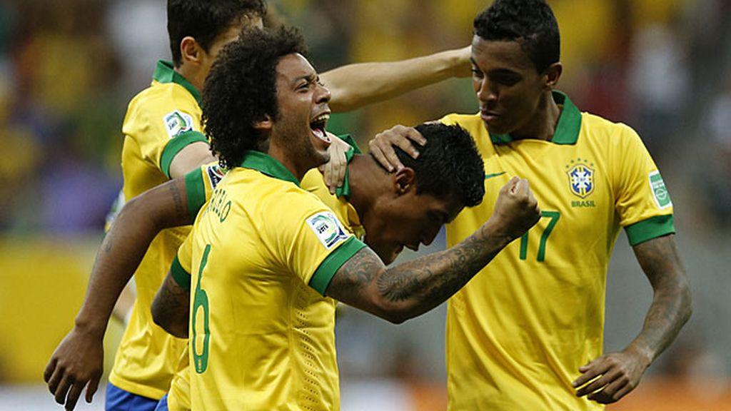 Brasil venció a Japón en el partido inaugural por 3-0